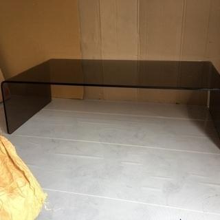 💕おしゃれな ガラステーブル 定価70000円ほど