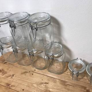 無印良品 イタリア製 ソーダガラス密閉瓶 大7個 小2個