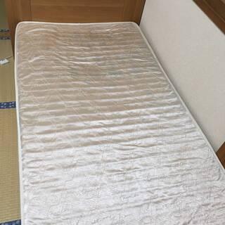 ベッドマットレス・ベッドフレーム・収納付き
