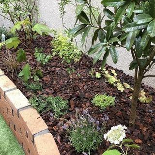 自然素材を使ったナチュラルな庭づくりをしてみませんか?今の時代に...