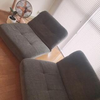 座椅子型ソファ×2