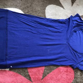青のTシャツワンピース