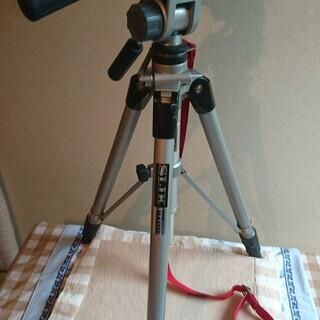 フィルム一眼レフカメラ Nikon F3 ズームレンズ ストロボ 三脚 フルセット - 売ります・あげます