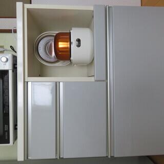 ニトリ製 キッチンボード 食器棚 レンジ台・炊飯器用に 高89c...