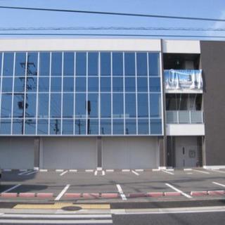 希少1階テナント♫全面駐車場多数有り♫県道沿い角地で認知性抜群♫駅までもすぐ♫の画像