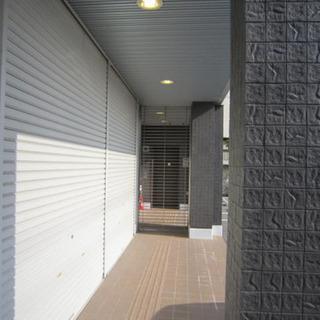 希少1階テナント♫全面駐車場多数有り♫県道沿い角地で認知性抜群♫駅までもすぐ♫ − 兵庫県