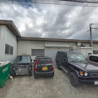 駐車場スペース3台付き♫作業所や倉庫事務所にピッタリ♫