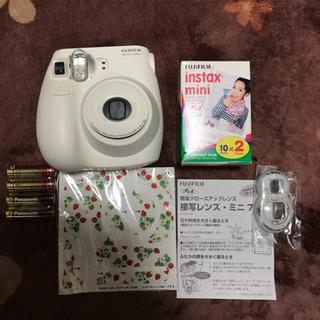 チェキカメラ、instax mini 7とフィルムセット