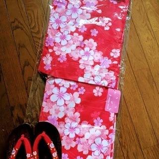 新品 未使用 浴衣 赤地に白、ピンクの花柄&下駄 セット
