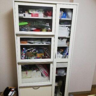家具 食器棚2010年製 白