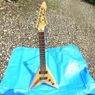 Aria Pro-II  Vタイプエレキギター XX DELUXE
