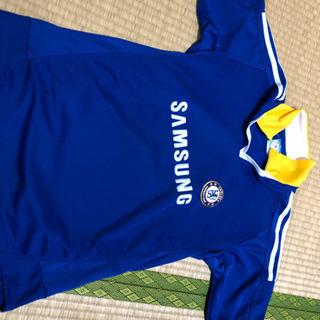 サッカーのレプリカシャツ
