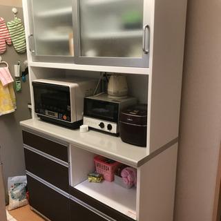 食器棚(オーキタ家具で購入)
