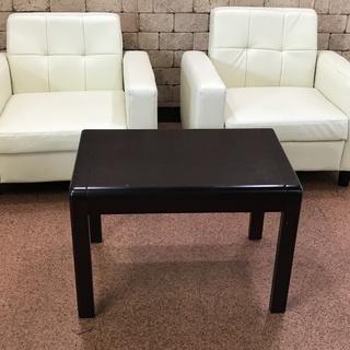 S81 白 中古ソファー 2個 一人掛け 2個セット + テーブル