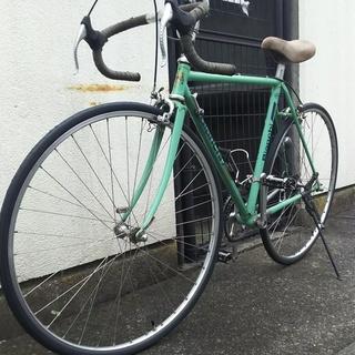 ビアンキ ヴィンテージ ロードバイクです。