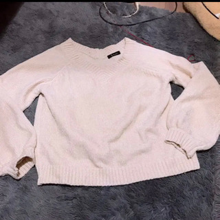 ニットセーター
