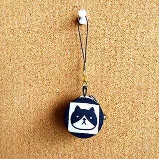 【ハンドメイド】ちょっと小さめ和風猫柄マカロンポーチの画像