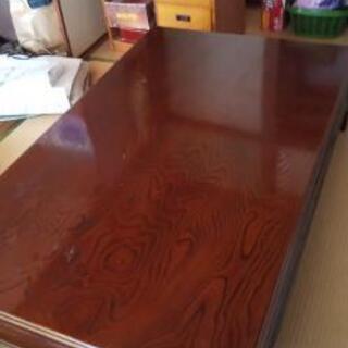 美品 木目がきれいなテーブル