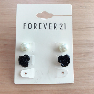 FOREVER21 ピアス