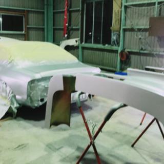 自動車の軽い板金塗装や全塗装承ります!