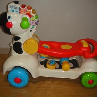 乗用玩具 VTech足けり車→手押し車→キックボード3way
