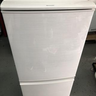 SHARP 137L 冷蔵庫 2017年製 お譲りします。 (A)