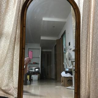 籐のフレーム鏡