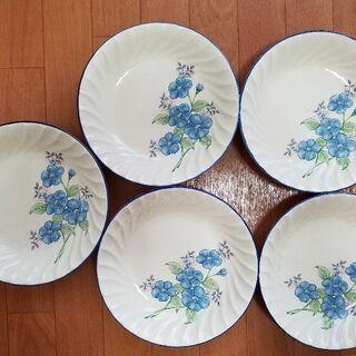 花柄のお皿5枚 蓋付き入れ物 セット