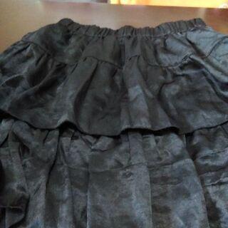黒のミニスカート2