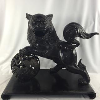玉乗獅子 縁起物 金属工芸 骨董 台付き