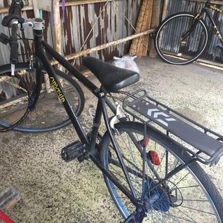 自転車 クロスバイク シマノ製 7段変速