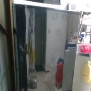 冷蔵庫(黒)お譲りします