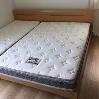 高品質ベッド  ダブルとシングル