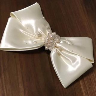 ヘッドアクセサリー リボン オフホワイト 結婚式 二次会 …