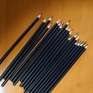DAISO色鉛筆