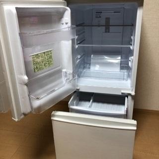 ★最終値下げ★ 引取限定 美品 冷蔵庫 SHARP 137L − 佐賀県