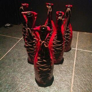 ゴシック系シャンパンボトル