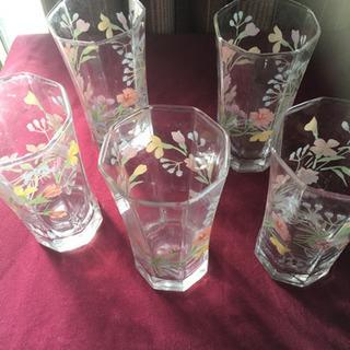 昭和レトロな花柄 グラス 5個セット