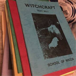 school of wicca 売ってください