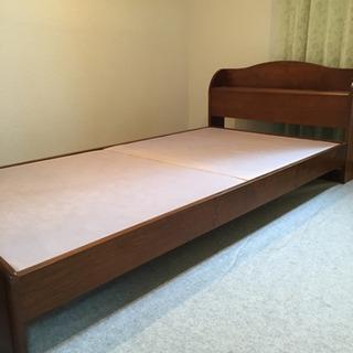 シングルベッドのフレームのみ