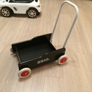 BRIO 手押し車 ブラック