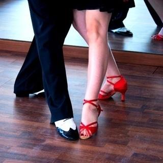 ◇ダンス経験ゼロの男女大歓迎 ◇8月5日 月曜日 11:50~1...