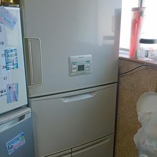 1万円さしあげます 冷蔵庫と液晶TVを引き取ってください