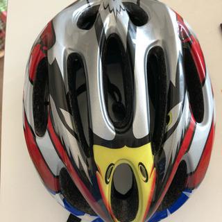 ☆美品☆キッズ 軽量ヘルメット