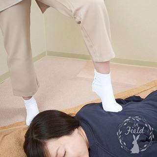 【初回限定メニューあり】足踏みリンパマッサージで肩コリ・腰痛をラクに