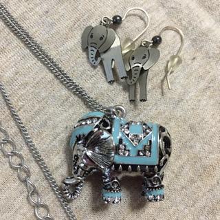 象さん ネックレス.ピアス