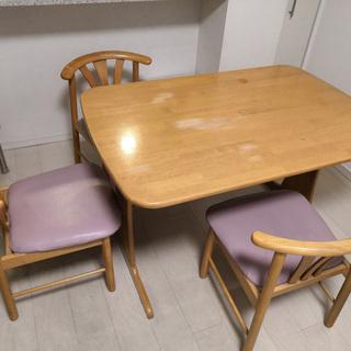 ニトリ ダイニングテーブルと椅子のセット