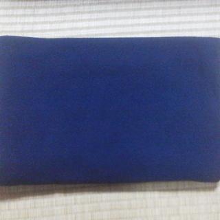 【無料】ひざ掛け用ブランケット 紺