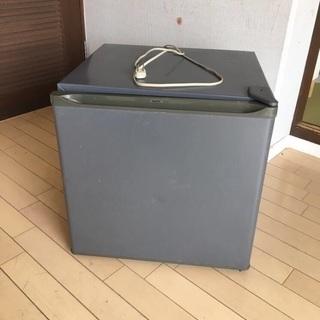 ジャンク サンヨー1ドア冷蔵庫『SR-5G(H)』