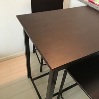 テーブル及び 椅子